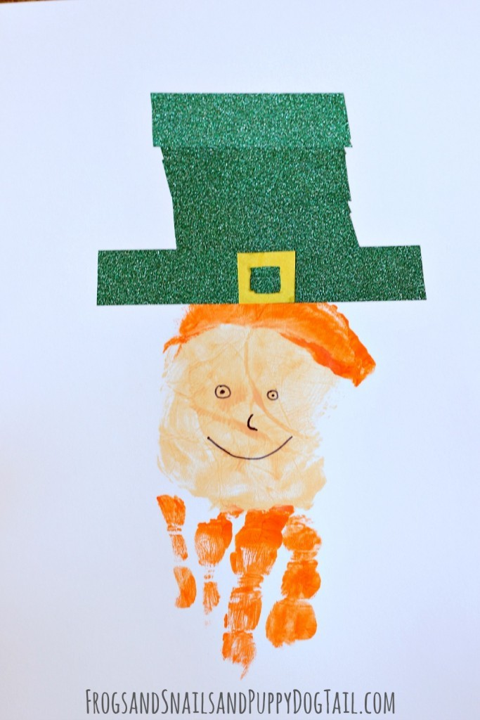 Leprechaun Handprint Art - FSPDT