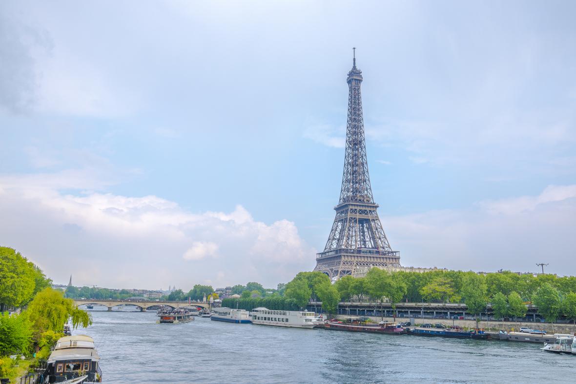 パリ フランス